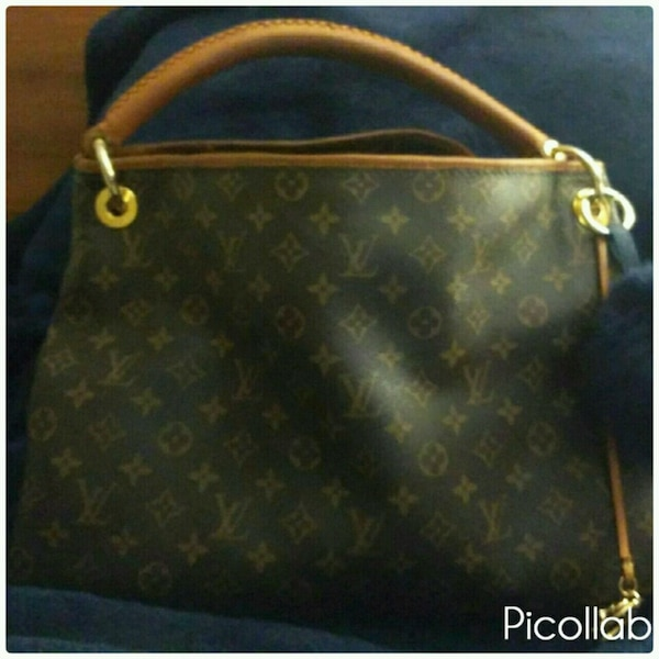 5892bc6853c8 Used Louis Vuitton Artsy MM for sale in Duluth - letgo