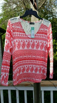 XL Orange/red patterned top with white lace detail Tecumseh, 49286
