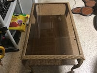 SMALL RATTAN COFFEE TABLE!!! MUST SELL!! Naples, 34119