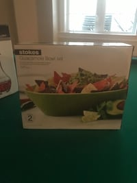 Brand new guacamole bowl set