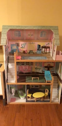 Doll House 7 km
