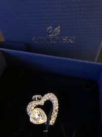 New Swarovski necklace in box.  Mississauga, L5V 1K5