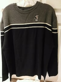 black and white crew-neck long-sleeved shirt 3723 km