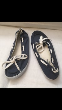 Women's Streetwear Society Shoes. Size 10  Excellent condition