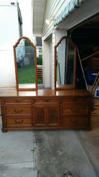 brown wooden sideboard with mirror Chattanooga, 37412