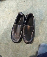 Youth size 2 leather shoes  Omaha, 68164