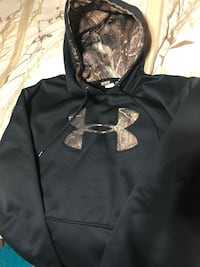 black and gray Under Armour pullover hoodie Spruce Grove, T7X 2A8
