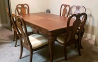 Lovely dining set (no leaf) with 6 chairs  Gaithersburg, 20878