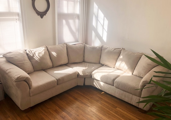 Beige Microfiber Footed 5-Seat Sectional Sofa