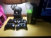 black Xbox 360 console with controllers New Iberia, 70560