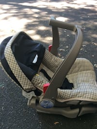 black and gray car seat carrier Westport, 06880