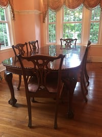 Dining room set -- furniture Englewood, 07631