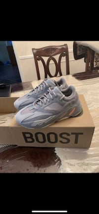 yeezy 700 Linthicum Heights, 21090
