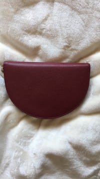 Red large wallet/ small clutch Kamloops, V1S 1Z5