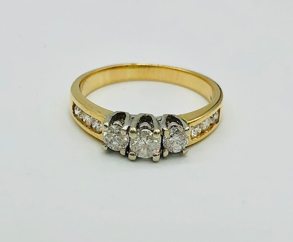 14k yellow gold and diamond ring  2