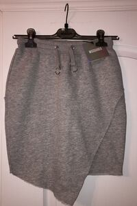 BRAND NEW WOMANS SKIRT Laval, H7W 5M9