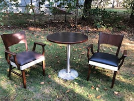 Small dining set/ bistro like new