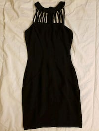 NEW black halter dress (XS) College Park