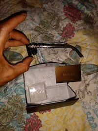 Gucci Sunglasses authentication card and case 437$