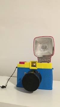 Diana F+ film camera with flash included. Beacon, 12508