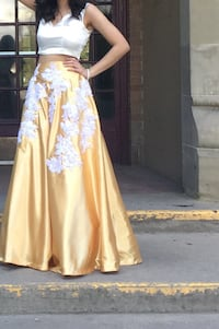Gold and white satin two piece dress Calgary, T3J 5H9