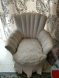 Arm Chair Saint Thomas, N5R 2B2