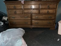 Dresser with mirror Milwaukee