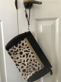 Coach bag / large wristlet  Vaughan, L4J 3A9