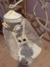 Super cute electric baby swing Daphne, 36526