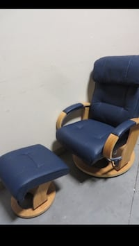 Brand New Leather Swivel Recliner With Ottoman Edmonton, T5P 4Y7