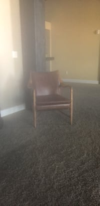 black and brown wooden chair Toledo, 43604