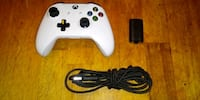 Xbox One Controller and Charging Kit Chicago, 60623