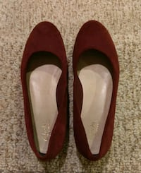 pair of red suede flats Woodbridge, 22193