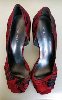 pair of red-and-black leather pumps Newmarket, L3X 3J7