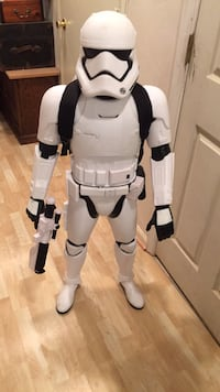 Storm trooper Star Wars with audio and back pack.