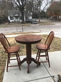 Pub table with stools