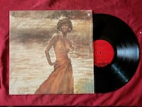 Thankful  Natalie Cole vinyl record in case Los Angeles, 90042