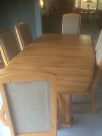 brown wooden dining table set Chicago, 60610