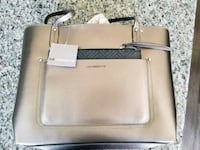 Gold Color tote bag and wallet Pasco, 99301