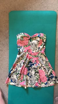 Size large top/dress Edmonton, T5T 3S4