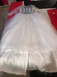 Wedding dress Oxon Hill, 20745