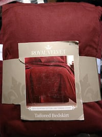 Royal Velvet, 400 Thread count,  Tailored  bedskirt