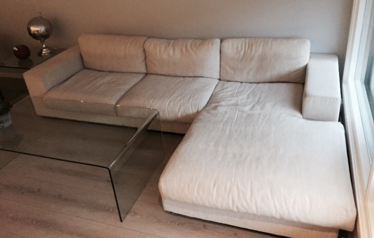 Hvit sjeselong sofa