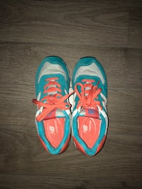 New Balance 574 Shoes Victoria, V8W