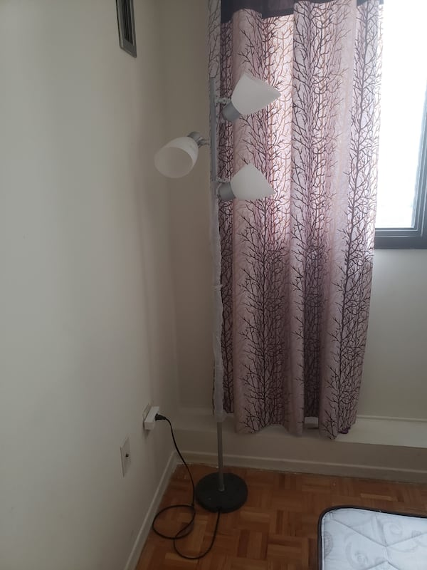Floor lamp in white and brushed silver...excellent condition 57deb3f4-048c-4773-ac8d-4d8ee5a56d62