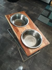 "Metal and wood raised dog bowls 12.5"" Edmonton, T5Y 1A2"