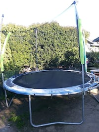 blue and black trampoline with enclosure San Jose, 95132