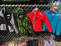 North face and Columbia jackets Bridgeview, 60455