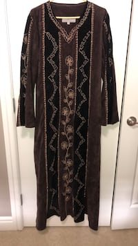 women's black and brown long sleeve dress Edmonton, T6V 0G2
