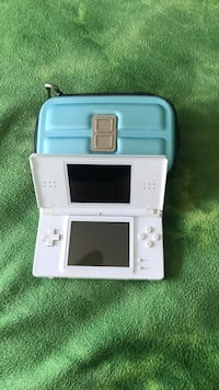 white Nintendo DS with case San Diego, 92131